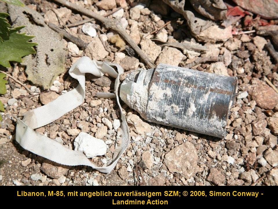 Libanon, M-85, mit angeblich zuverlässigem SZM; © 2006, Simon Conway - Landmine Action