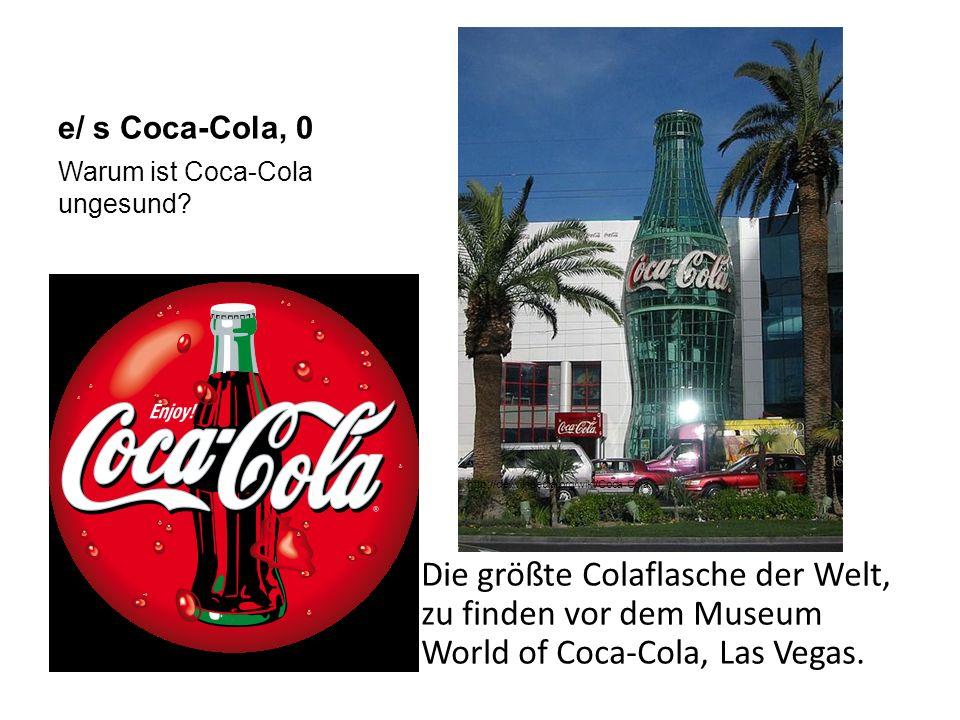 e/ s Coca-Cola, 0 Die größte Colaflasche der Welt, zu finden vor dem Museum World of Coca-Cola, Las Vegas.