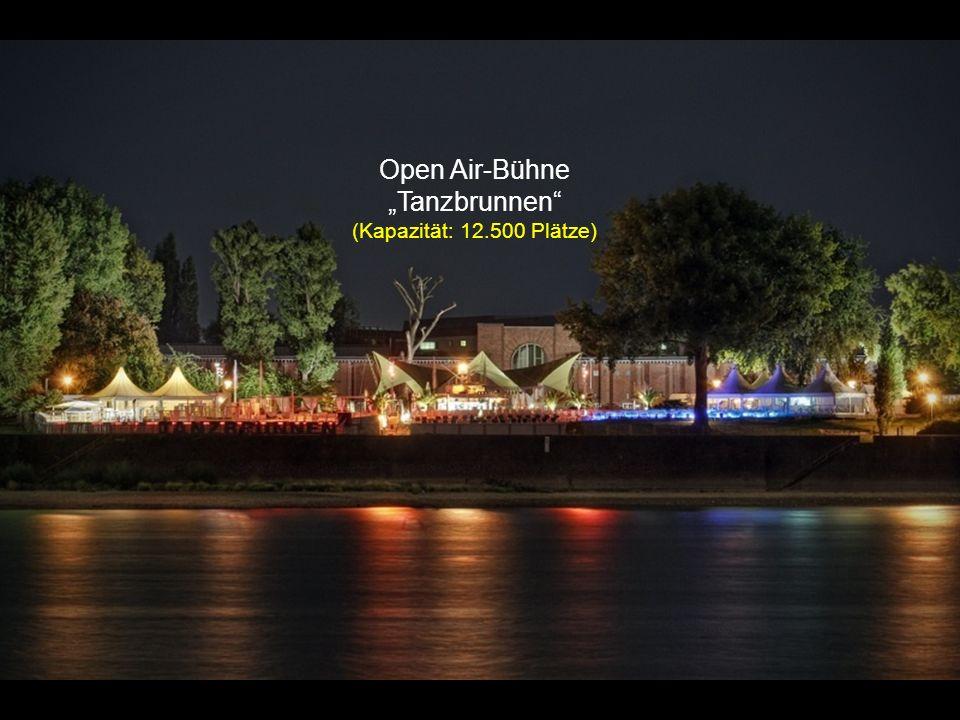 """Open Air-Bühne """"Tanzbrunnen (Kapazität: 12.500 Plätze)"""