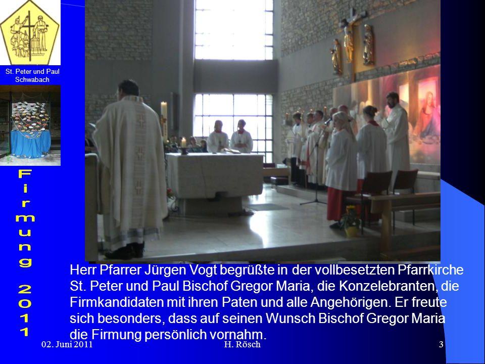 Herr Pfarrer Jürgen Vogt begrüßte in der vollbesetzten Pfarrkirche St