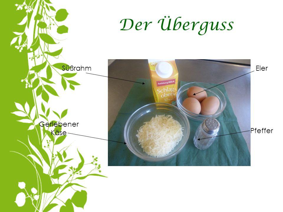 Der Überguss Süßrahm Eier Geriebener Käse Pfeffer
