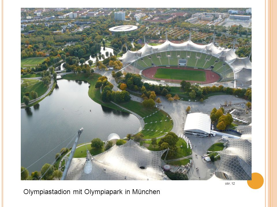 Olympiastadion mit Olympiapark in München