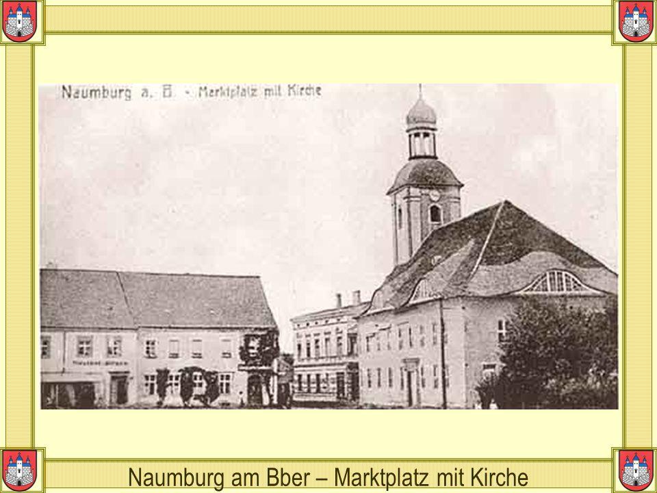 Naumburg am Bber – Marktplatz mit Kirche