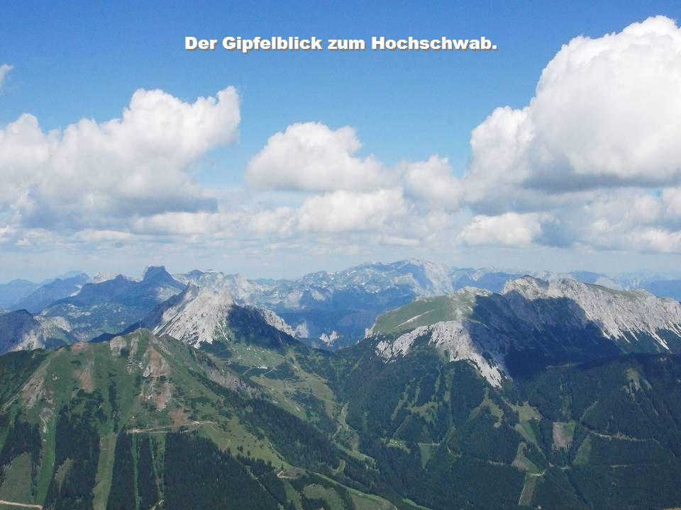 Der Gipfelblick zum Hochschwab.