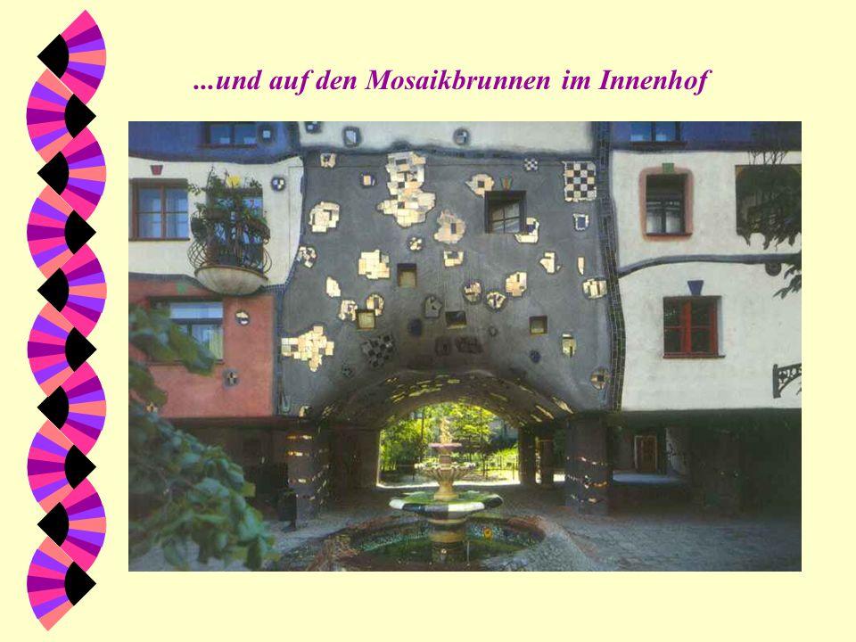 ...und auf den Mosaikbrunnen im Innenhof