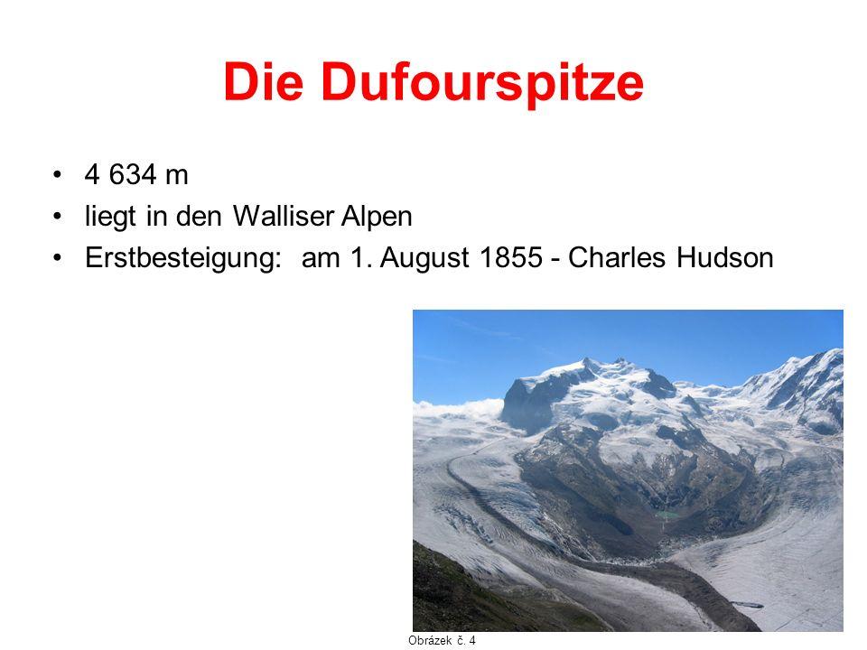 Die Dufourspitze 4 634 m liegt in den Walliser Alpen