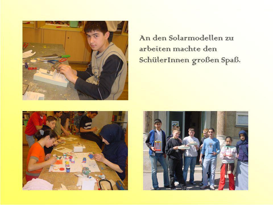 An den Solarmodellen zu arbeiten machte den SchülerInnen großen Spaß.