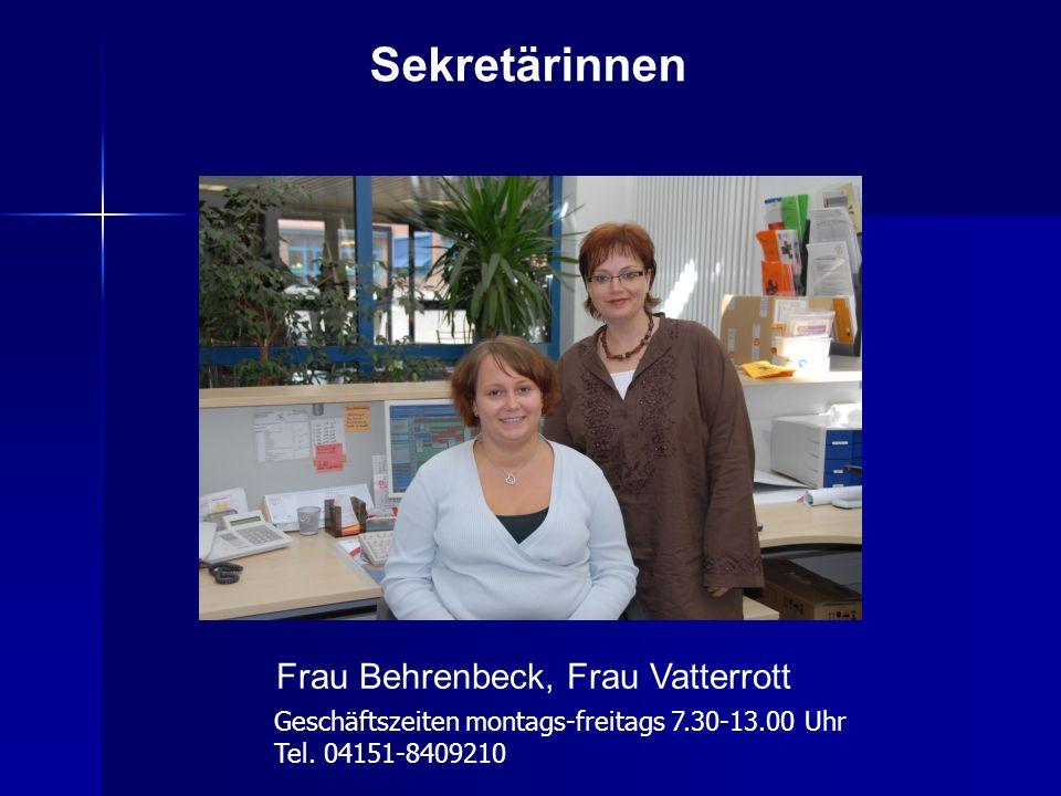 Frau Behrenbeck, Frau Vatterrott