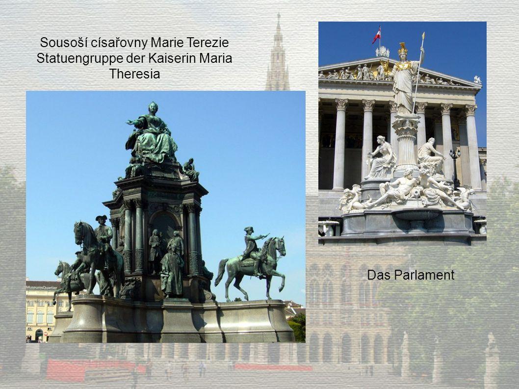 Sousoší císařovny Marie Terezie