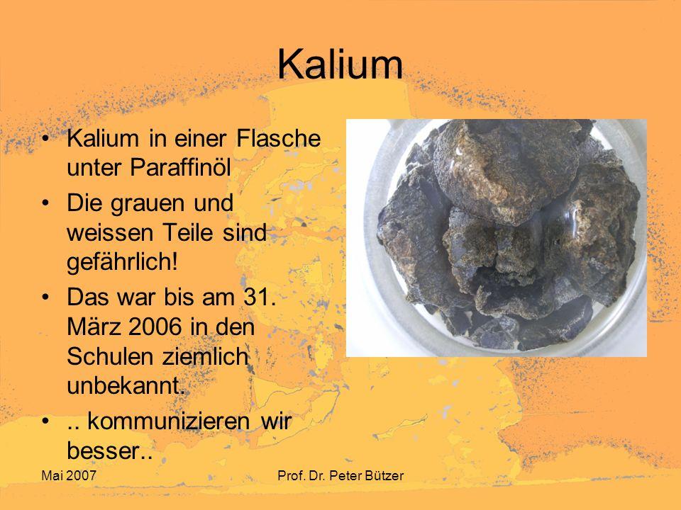 Kalium Kalium in einer Flasche unter Paraffinöl