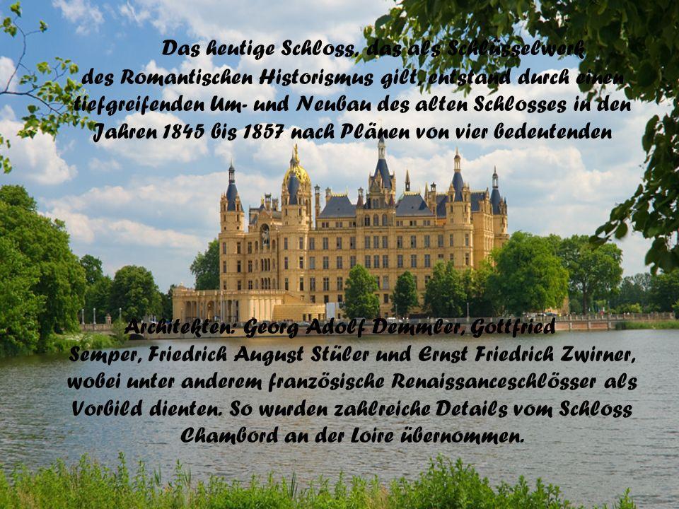 Das heutige Schloss, das als Schlüsselwerk des Romantischen Historismus gilt, entstand durch einen tiefgreifenden Um- und Neubau des alten Schlosses in den Jahren 1845 bis 1857 nach Plänen von vier bedeutenden