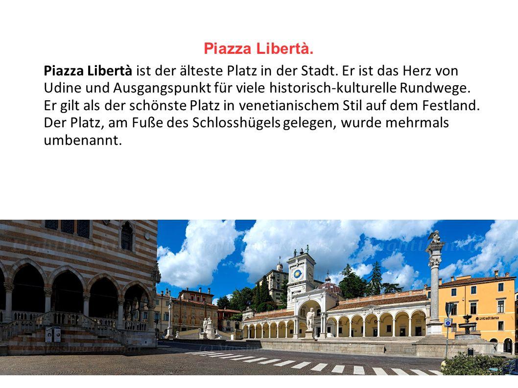 Piazza Libertà.
