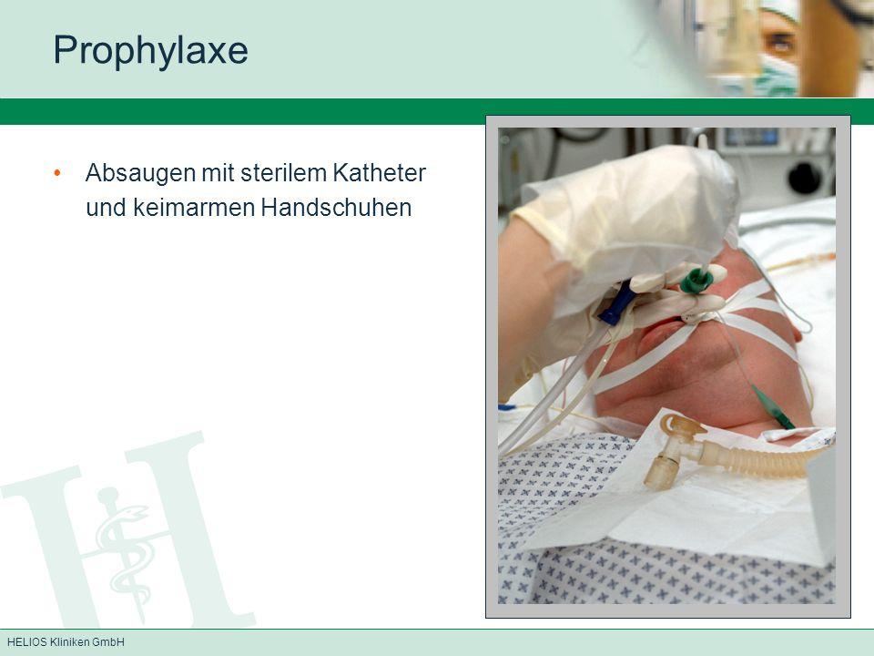 Prophylaxe Absaugen mit sterilem Katheter und keimarmen Handschuhen