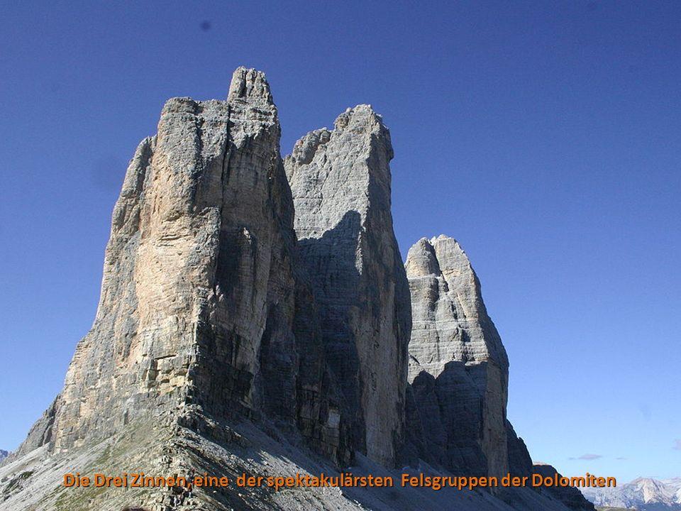 Die Drei Zinnen, eine der spektakulärsten Felsgruppen der Dolomiten