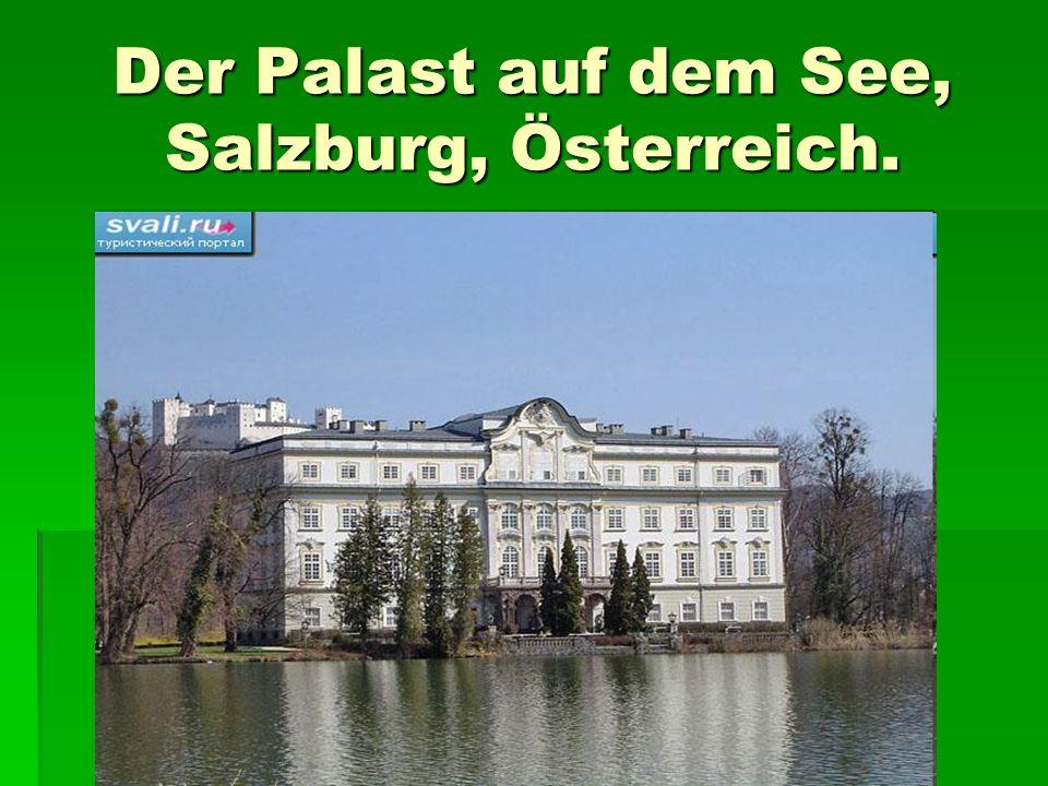 Der Palast auf dem See, Salzburg, Österreich.
