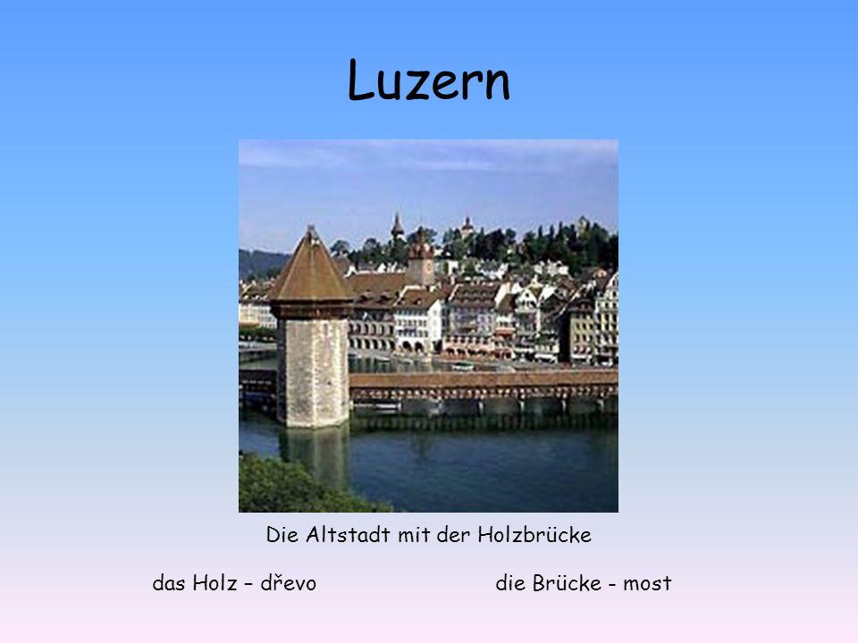 Die Altstadt mit der Holzbrücke