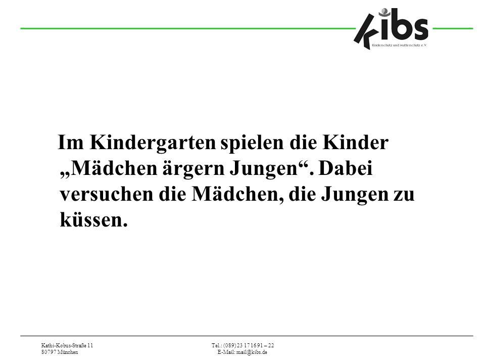 """Im Kindergarten spielen die Kinder """"Mädchen ärgern Jungen"""