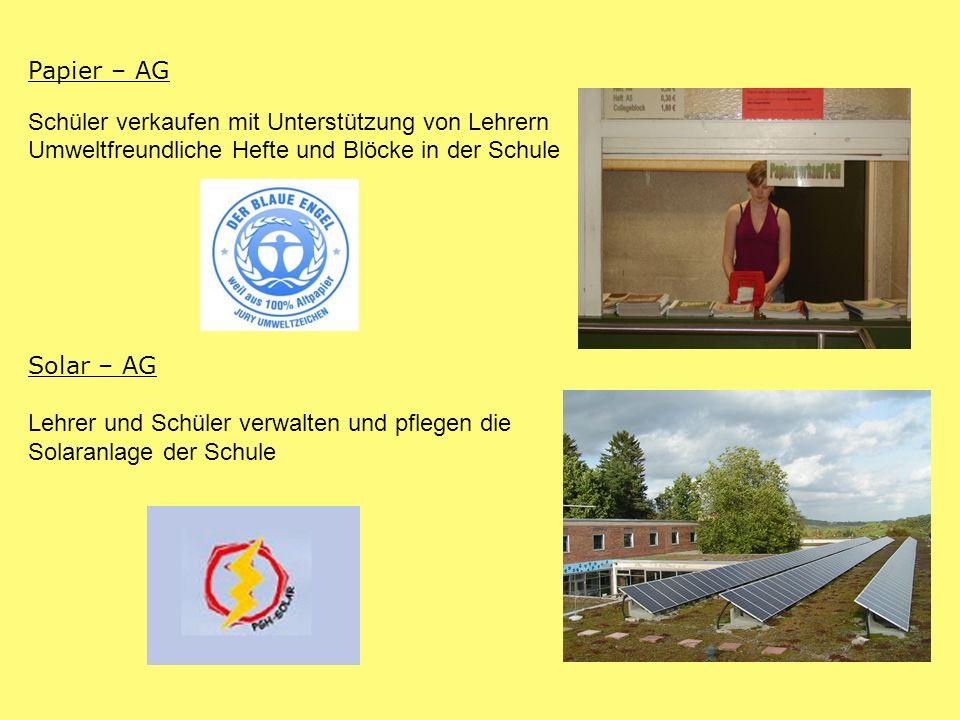 Papier – AG Schüler verkaufen mit Unterstützung von Lehrern. Umweltfreundliche Hefte und Blöcke in der Schule.