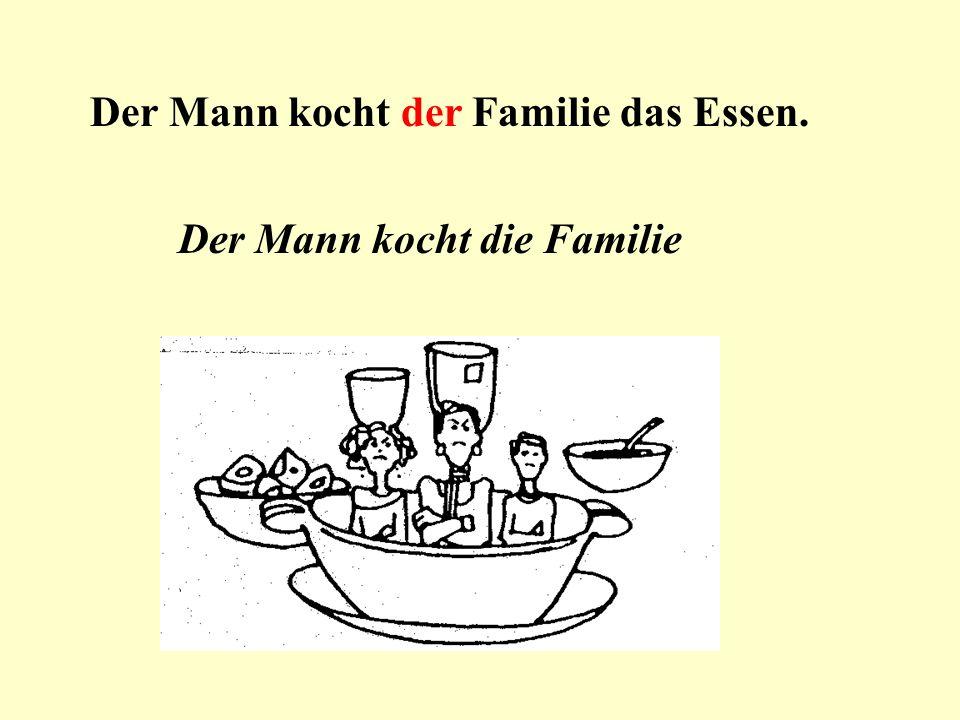 Der Mann kocht der Familie das Essen.