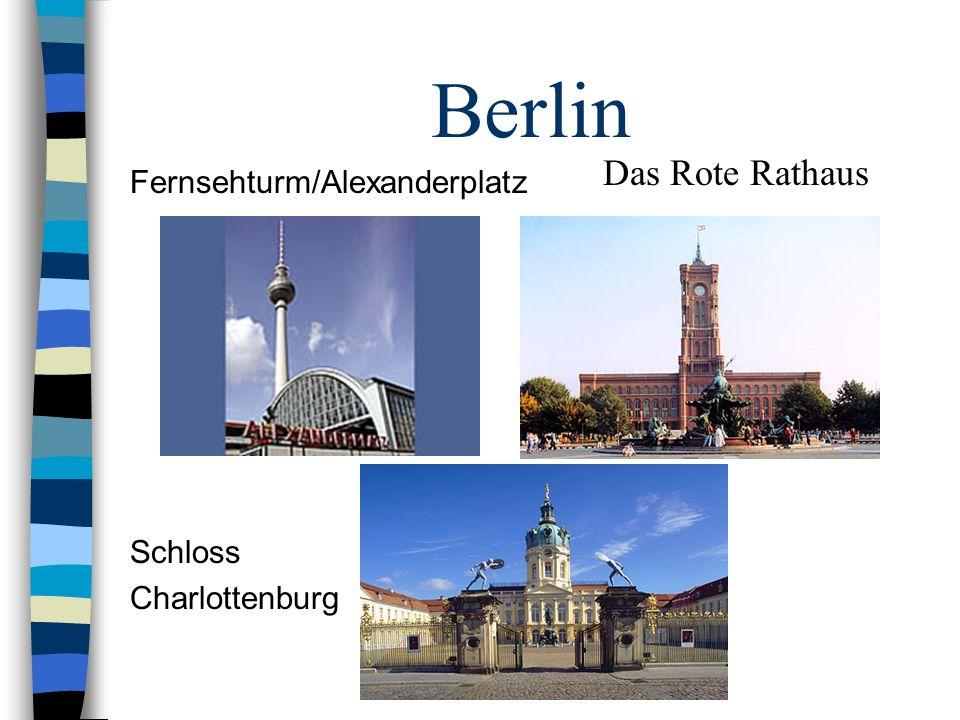 Berlin Das Rote Rathaus Fernsehturm/Alexanderplatz Schloss