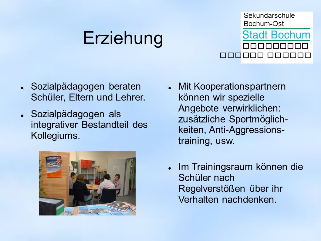 Erziehung Sozialpädagogen beraten Schüler, Eltern und Lehrer.