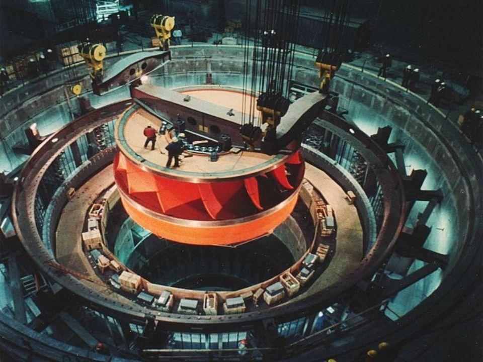 Doch es gibt nicht nur kleine Turbinen, sondern auch Turbinen mit sehr großen Leistungen.