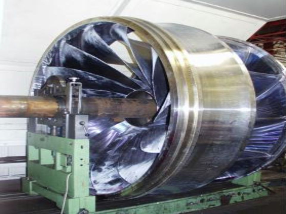 Dies ist eine relativ kleine Turbine, die noch nicht eingebaut ist.