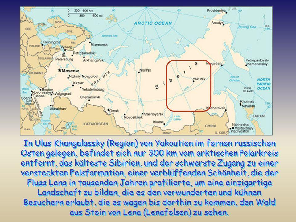 In Ulus Khangalassky (Region) von Yakoutien im fernen russischen Osten gelegen, befindet sich nur 300 km vom arktischen Polarkreis entfernt, das kälteste Sibirien, und der schwerste Zugang zu einer versteckten Felsformation, einer verblüffenden Schönheit, die der Fluss Lena in tausenden Jahren profilierte, um eine einzigartige Landschaft zu bilden, die es den verwunderten und kühnen Besuchern erlaubt, die es wagen bis dorthin zu kommen, den Wald aus Stein von Lena (Lenafelsen) zu sehen.