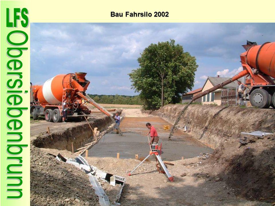 Bau Fahrsilo 2002 56