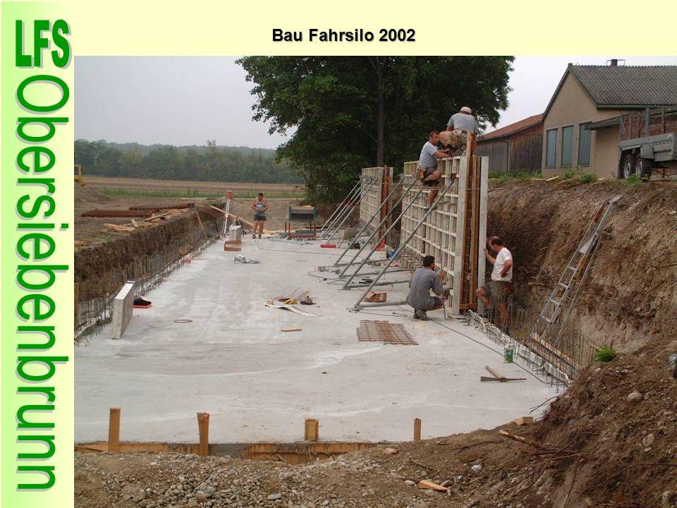 Bau Fahrsilo 2002 57