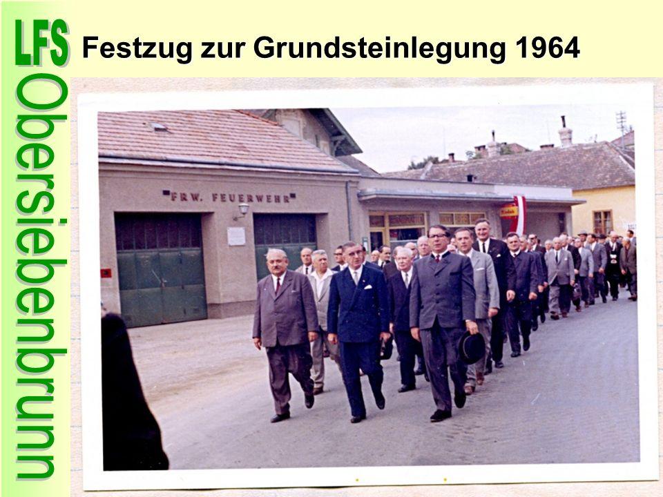 Festzug zur Grundsteinlegung 1964