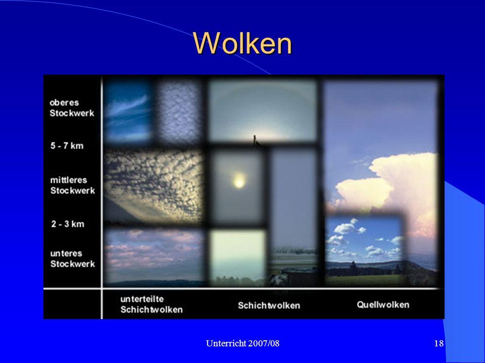 Wolken Wolken werden in Stockwerke eingeteilt, in denen sie vorkommen. Dabei sind die angegebenen Höhen nur grobe Richtwerte.