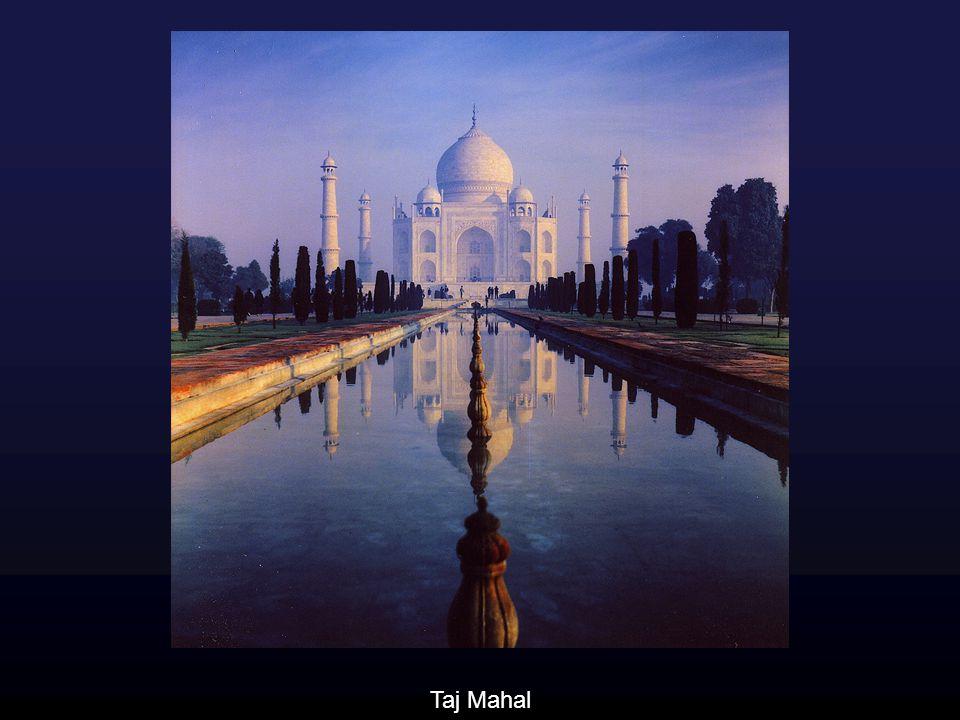 Das Taj Mahal wurde von Großmogul Shah Jahan für seine (Haupt-) Frau Mumtaz Mahal errichtet, die 1631 gestorben ist. (Bauzeit: 1631-1648)