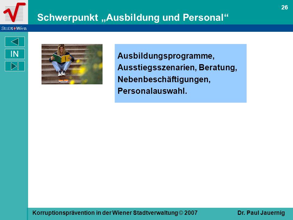"""Schwerpunkt """"Ausbildung und Personal"""