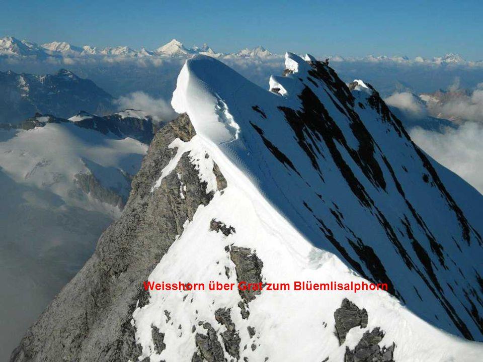 Weisshorn über Grat zum Blüemlisalphorn