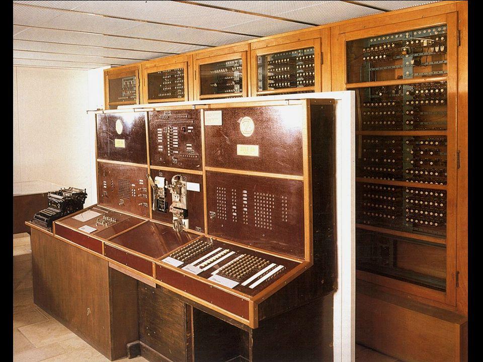 Zuse Z4. Noch erhaltener Rechner aus den 40ern, steht im Deutschen Museum