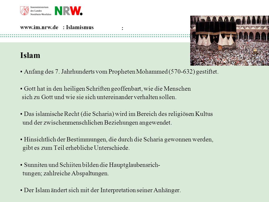 Islam • Anfang des 7. Jahrhunderts vom Propheten Mohammed (570-632) gestiftet. • Gott hat in den heiligen Schriften geoffenbart, wie die Menschen.