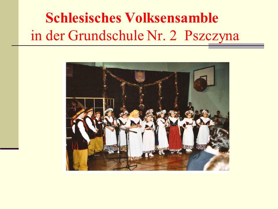 Schlesisches Volksensamble in der Grundschule Nr. 2 Pszczyna