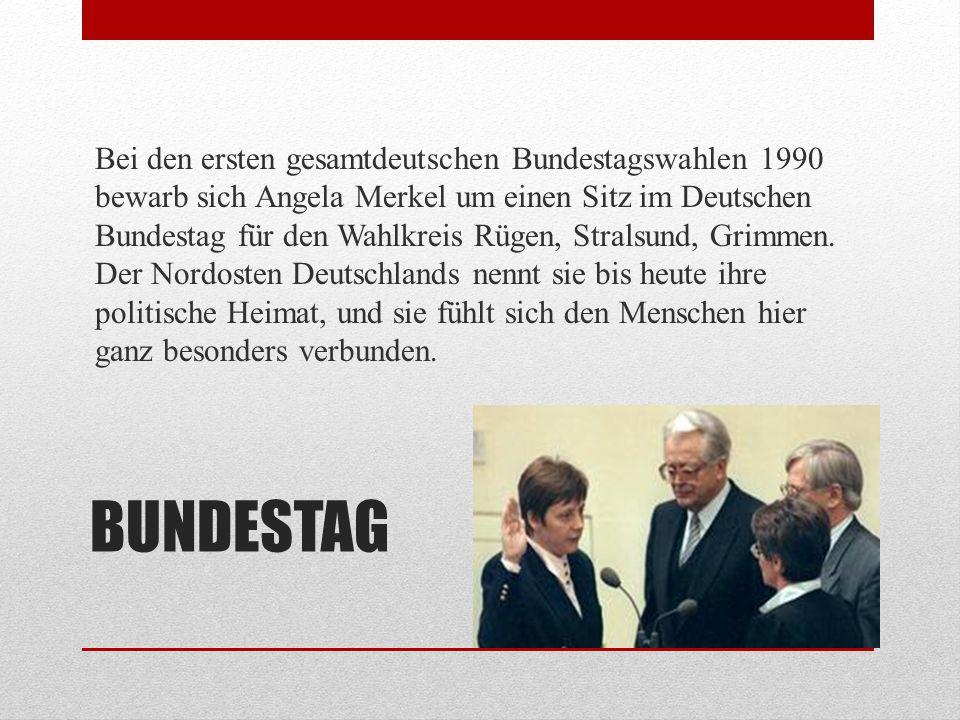 Bei den ersten gesamtdeutschen Bundestagswahlen 1990 bewarb sich Angela Merkel um einen Sitz im Deutschen Bundestag für den Wahlkreis Rügen, Stralsund, Grimmen. Der Nordosten Deutschlands nennt sie bis heute ihre politische Heimat, und sie fühlt sich den Menschen hier ganz besonders verbunden.