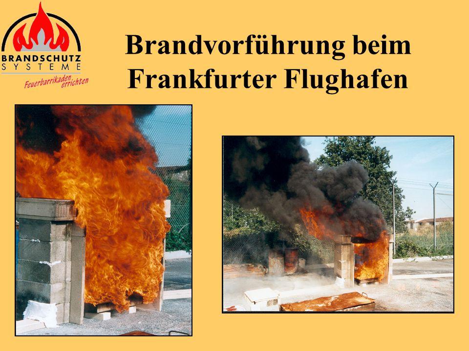 Brandvorführung beim Frankfurter Flughafen