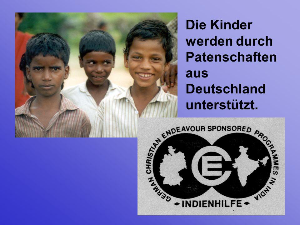 Die Kinder werden durch Patenschaften aus Deutschland unterstützt.