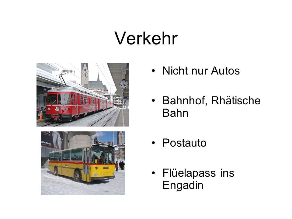 Verkehr Nicht nur Autos Bahnhof, Rhätische Bahn Postauto