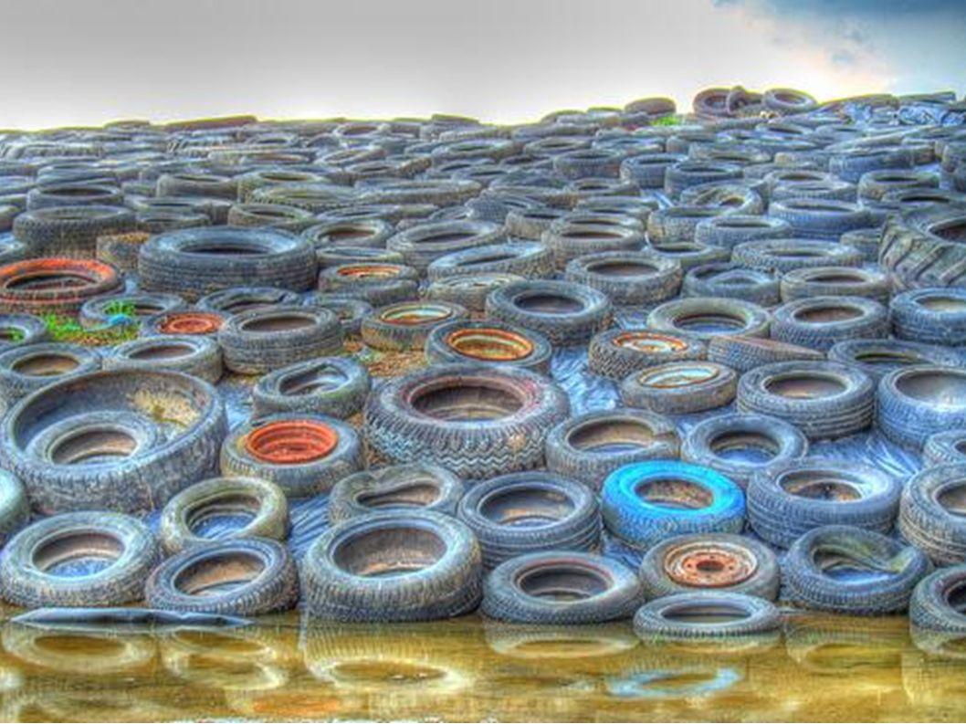 Sucht euch vier stabile Reifen. Die Größe ist egal.