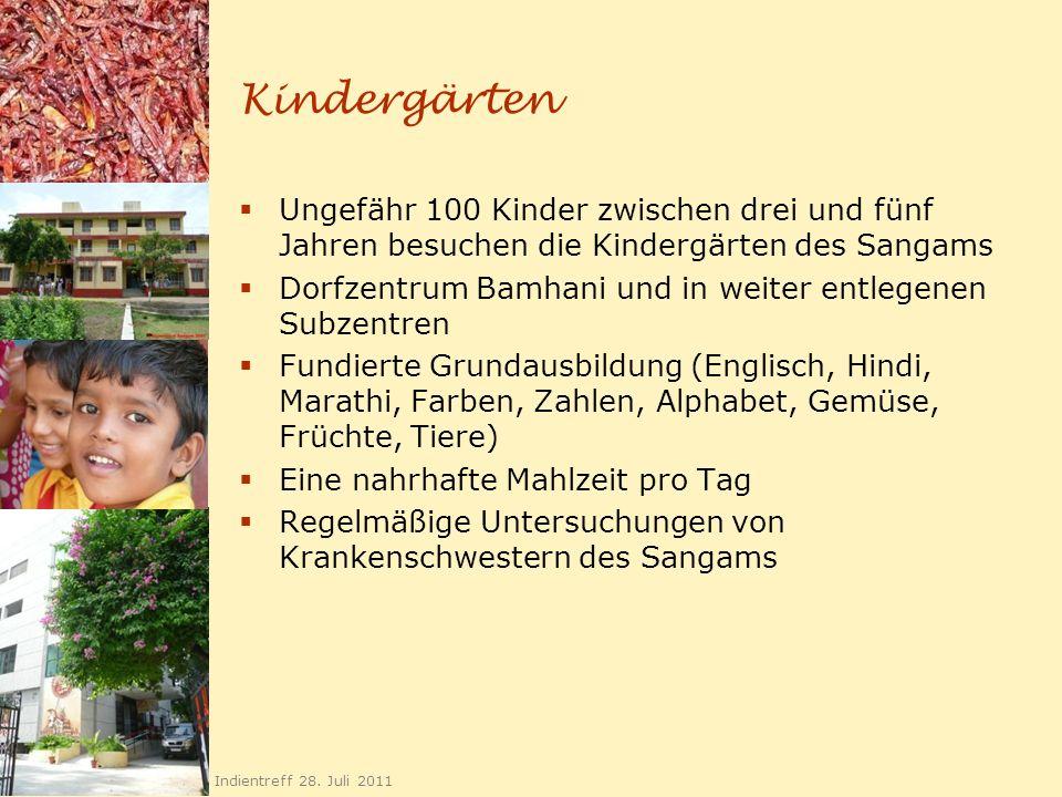 Kindergärten Ungefähr 100 Kinder zwischen drei und fünf Jahren besuchen die Kindergärten des Sangams.