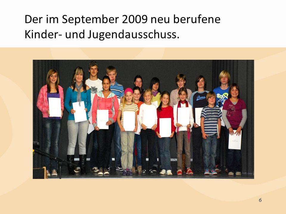 Der im September 2009 neu berufene Kinder- und Jugendausschuss.