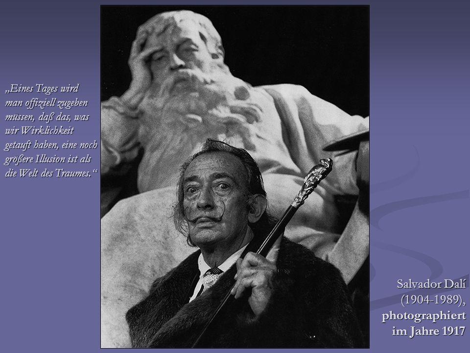 Salvador Dalí (1904-1989), photographiert im Jahre 1917