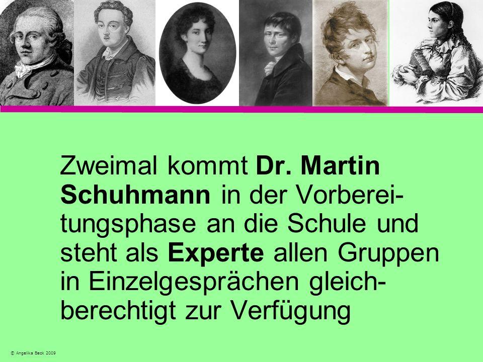 Zweimal kommt Dr. Martin Schuhmann in der Vorberei-tungsphase an die Schule und steht als Experte allen Gruppen in Einzelgesprächen gleich-berechtigt zur Verfügung
