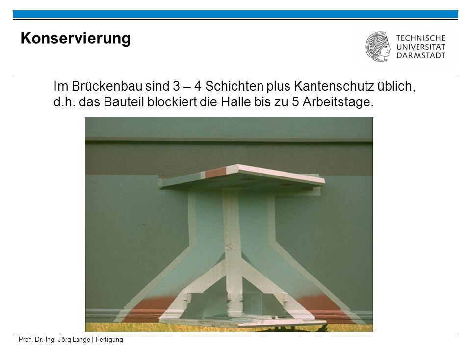 KonservierungIm Brückenbau sind 3 – 4 Schichten plus Kantenschutz üblich, d.h. das Bauteil blockiert die Halle bis zu 5 Arbeitstage.