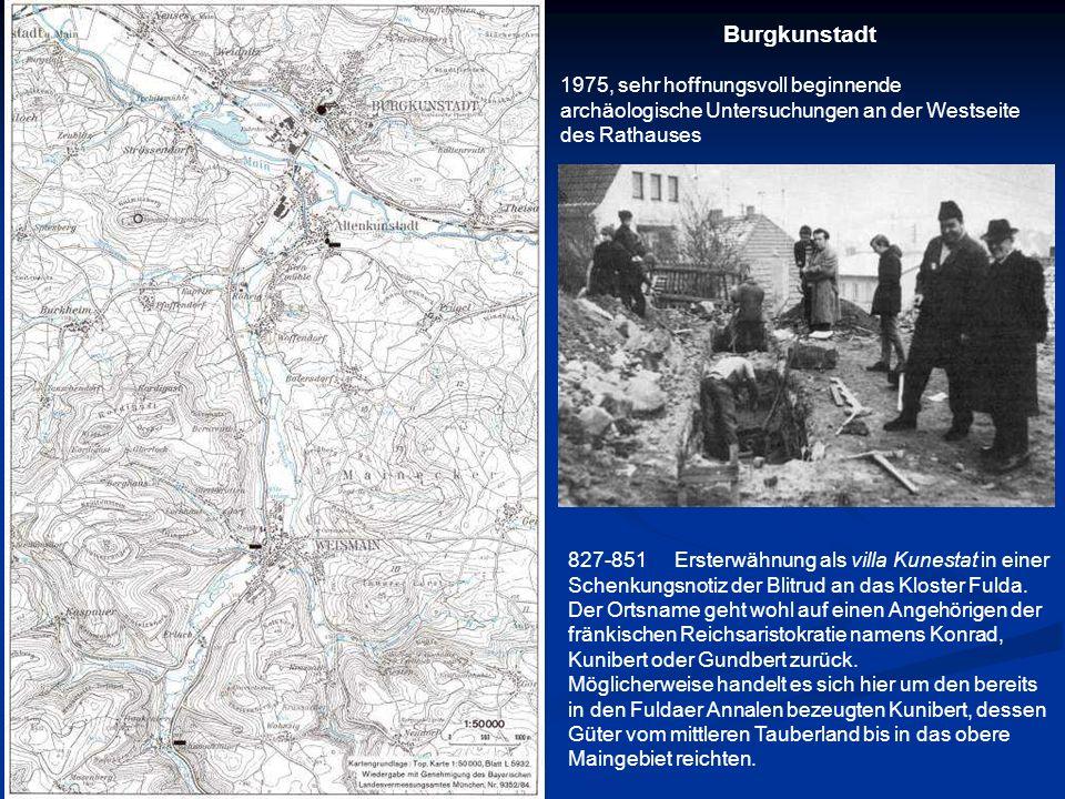 Burgkunstadt1975, sehr hoffnungsvoll beginnende archäologische Untersuchungen an der Westseite des Rathauses.