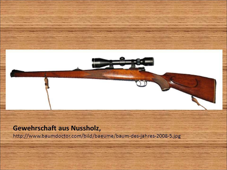 Gewehrschaft aus Nussholz,